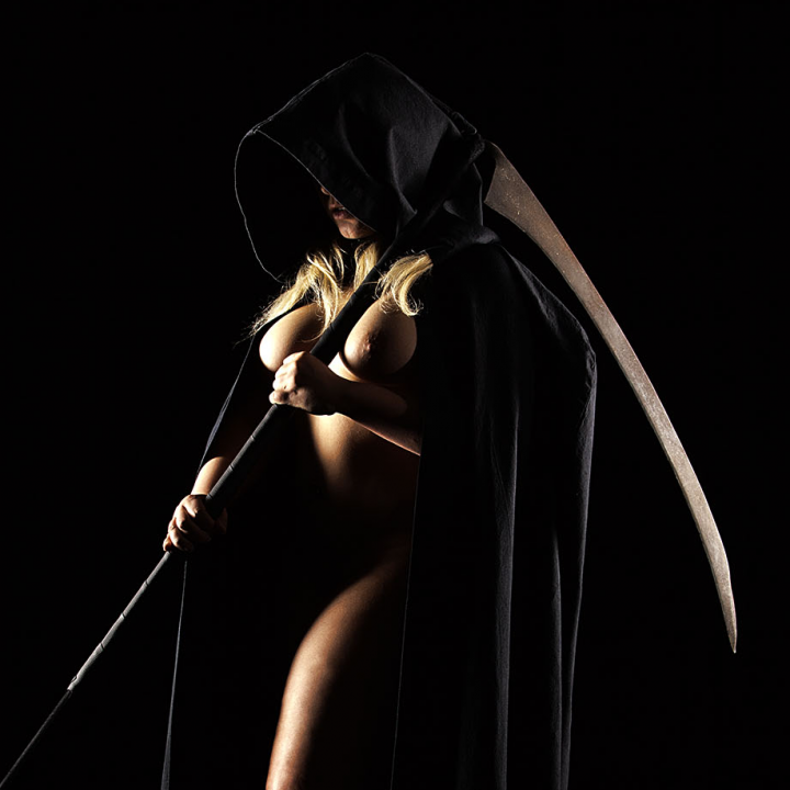 Mrs. Grim Reaper (nsfw)