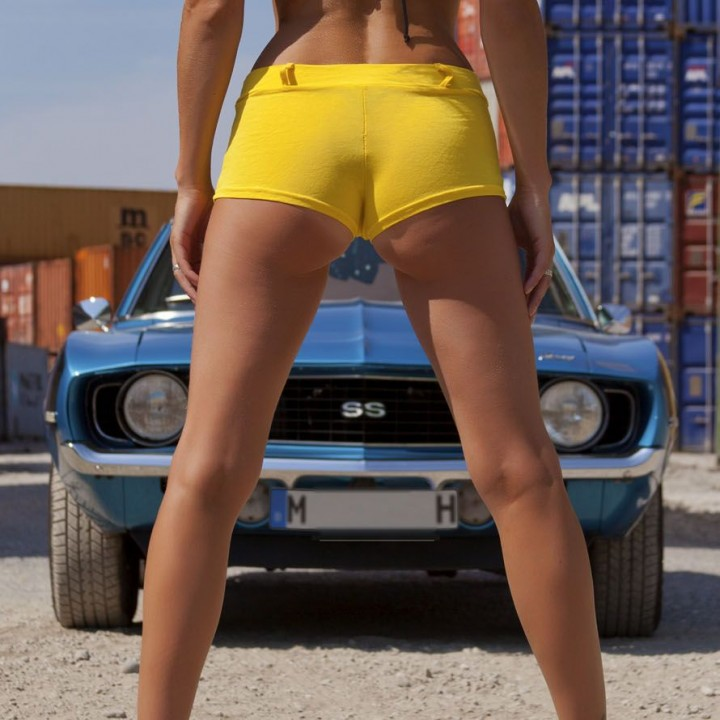 Camaro - Sexy foto shoot with Nina